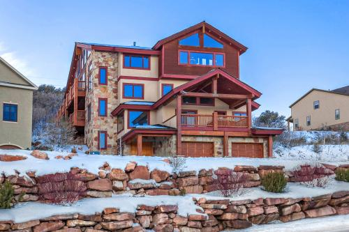 Large & Luxurious Vacation Rental - Park City Vacation Rental