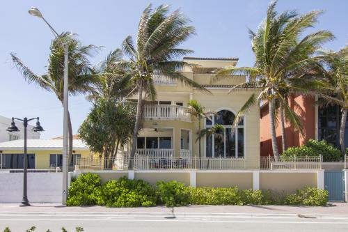 Elegance and Ocean Dreams - Fort Lauderdale, FL Vacation Rental