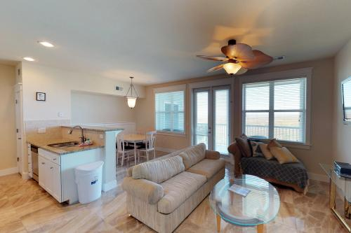 Pearl of the Bay - Galveston, TX Vacation Rental