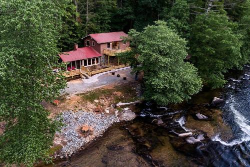 River Retreat -  Vacation Rental - Photo 1