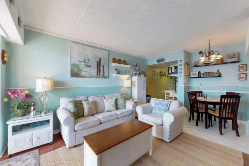 Nautical Dreaming -  Vacation Rental - Photo 1