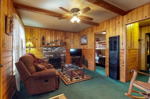 BearPaw Cottage -  Vacation Rental - Photo 1
