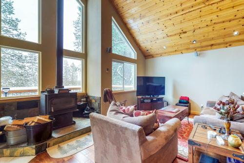 Wooded Escape - Truckee, CA Vacation Rental
