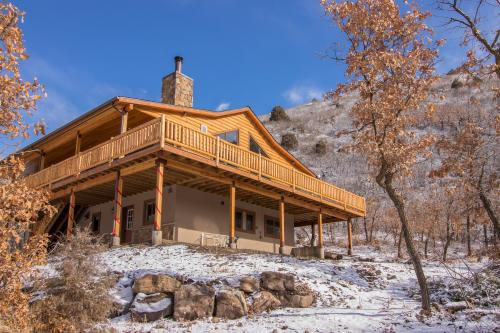Hawk Perch -  Vacation Rental - Photo 1