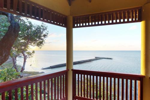 Hermosa Vista@Henry's Cove -  Vacation Rental - Photo 1