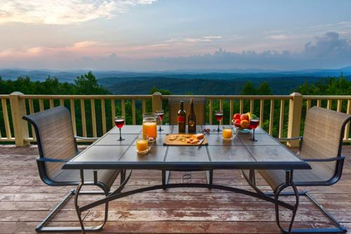 The Cloud Lodge - Blue Ridge, GA Vacation Rental