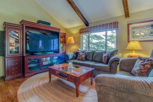The Blue Raven -  Vacation Rental - Photo 1