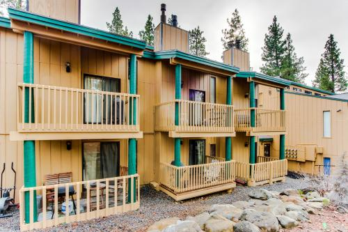 Kings Run Central Condo with Pool and Hot Tub! - Tahoe Vista, CA Vacation Rental