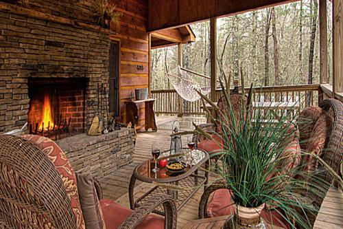 Jack Bear's Cabin -  Vacation Rental - Photo 1
