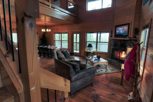 R & R Retreat -  Vacation Rental - Photo 1