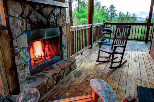 R & R Retreat - Morganton, GA Vacation Rental