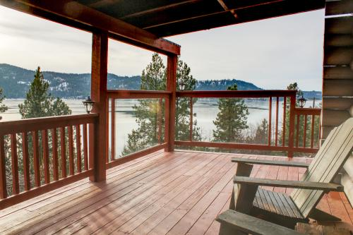 Sunset Pines Secluded Log Cabin With Hot Tub - Harrison Vacation Rental
