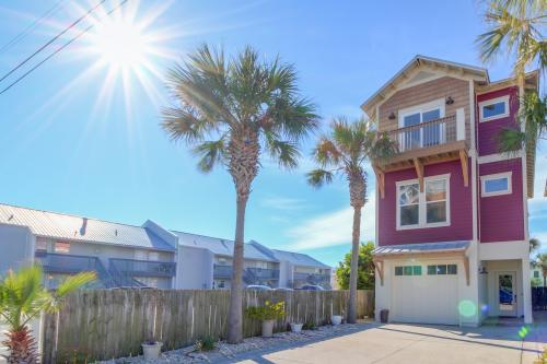 Silver Sands Beach Townhome - Panama City Beach, FL Vacation Rental