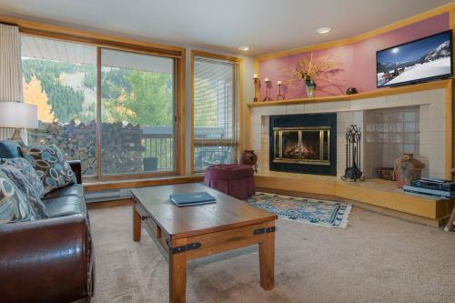 Liftside Condominiums 203 -  Vacation Rental - Photo 1