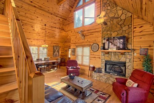 A Little Piece of Paradise - Mineral Bluff, GA Vacation Rental