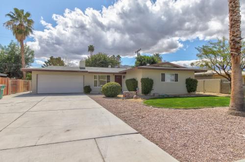 Papaya Lane - Rancho Mirage, CA Vacation Rental