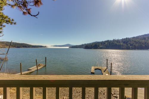 Mica Bay Serenity Cabin -  Vacation Rental - Photo 1