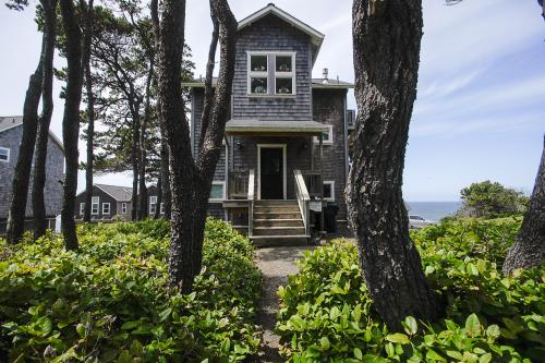 Cloud Nine - Gleneden Beach, OR Vacation Rental
