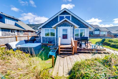 The Rising Tide Oceanfront Cottage -  Vacation Rental - Photo 1