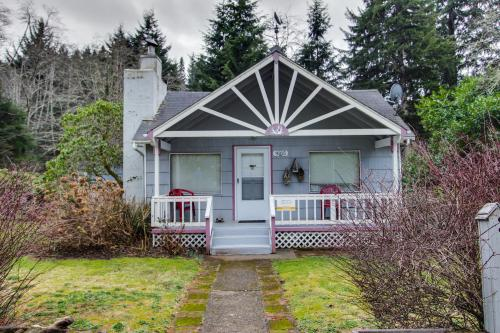 The Sea Slug Cottage - Manzanita, OR Vacation Rental