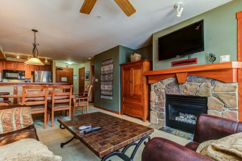 Eagle Springs West 206: Meadowlark Suite -  Vacation Rental - Photo 1