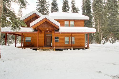 Warren Wagon House w/boat dock - McCall Vacation Rental