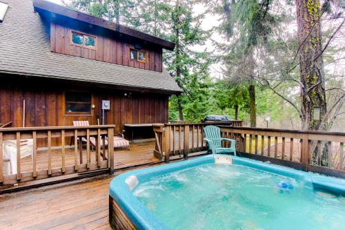 The Cedardale - Parkdale, OR Vacation Rental