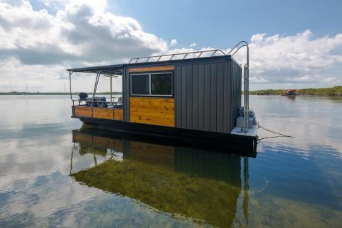 Blue Marlin -  Vacation Rental - Photo 1