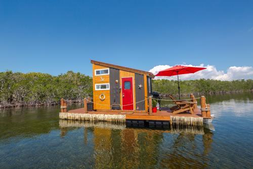 The Happy Crabby -  Vacation Rental - Photo 1