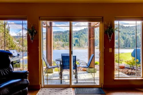 Ocean Beach Getaway on the Lake - Rockaway Beach, OR Vacation Rental