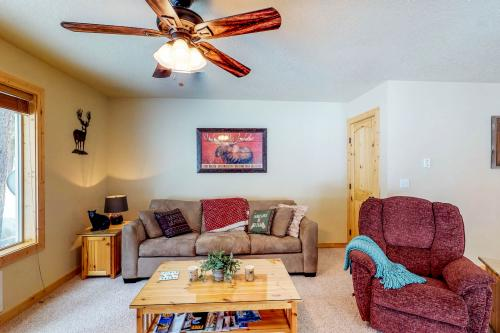 Wildwood's Deer Haven -  Vacation Rental - Photo 1
