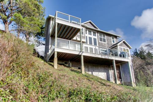 Alder Beach House - Oceanside Vacation Rental