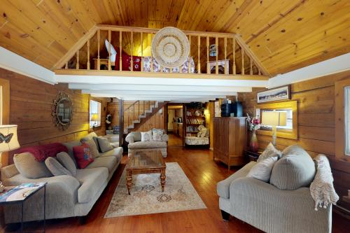 Jug Mountain Cottage  -  Vacation Rental - Photo 1