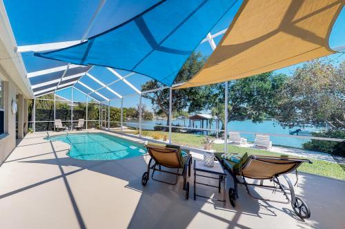 Boathouse View - Bradenton, FL Vacation Rental