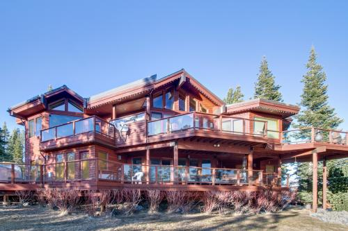 Muhlebach Mountain View Oasis - Truckee Vacation Rental