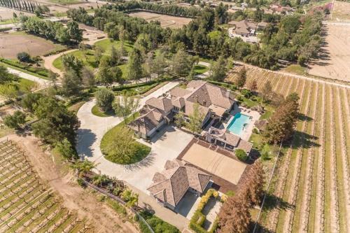De Portola Villa & Vineyard - Temecula, CA Vacation Rental