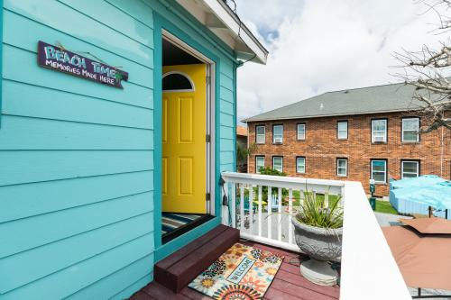 Inn Seaclusion - Carriage House -  Vacation Rental - Photo 1