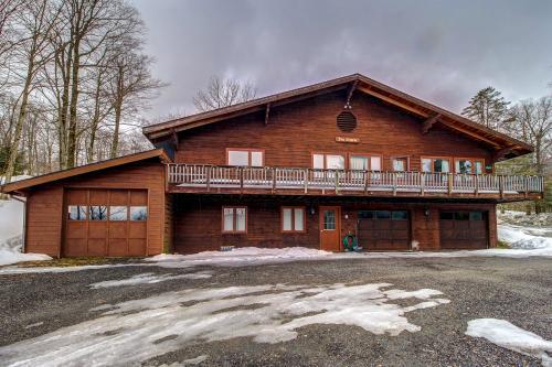 Alpine Drive Adventure -  Vacation Rental - Photo 1