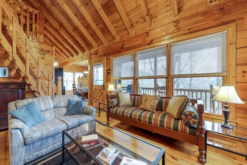 Holly Hollow -  Vacation Rental - Photo 1