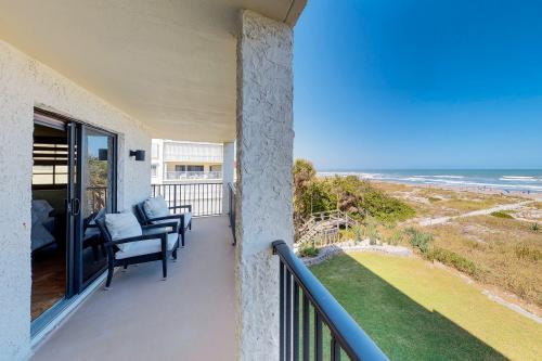 Golden Isles - Cocoa Beach, FL Vacation Rental