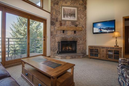 Snowdance Manor 407 -  Vacation Rental - Photo 1