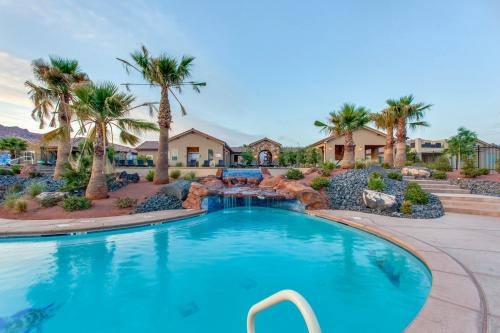 Red Cliff View Luxury Home: Paradise Village #2 -  Vacation Rental - Photo 1