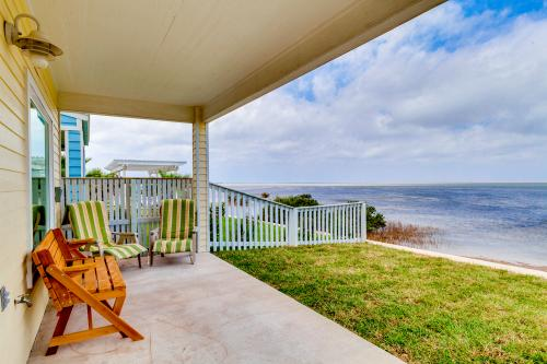 Las Joyas Bayview Home  - Port Isabel, TX Vacation Rental