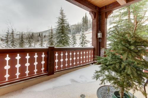 Eagle Springs West 204: Evergreen Suite - Solitude, UT Vacation Rental