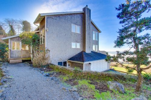 Annie's Windsong - Lincoln City Vacation Rental