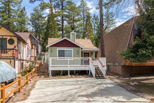 Big Bear Nostalgia -  Vacation Rental - Photo 1