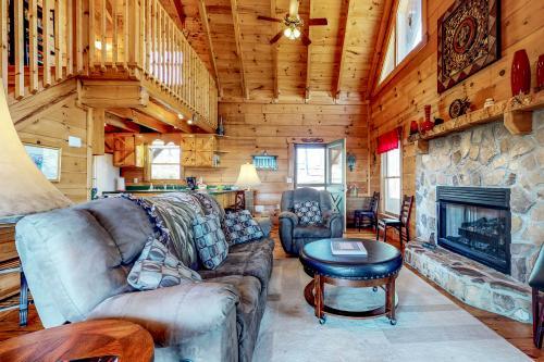 Hawk's Nest -  Vacation Rental - Photo 1
