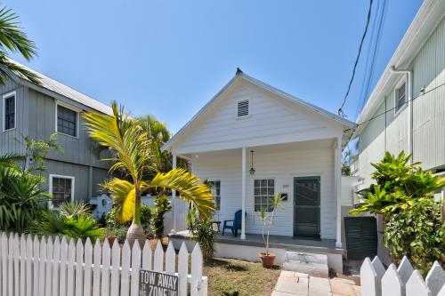 Conch Cottage -  Vacation Rental - Photo 1
