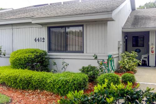 Buddy's Place at the Beach -  Vacation Rental - Photo 1