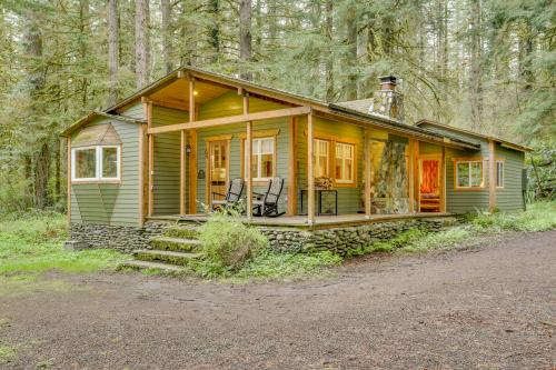 Eva's Cottage - Romancing the River - Washougal, WA Vacation Rental
